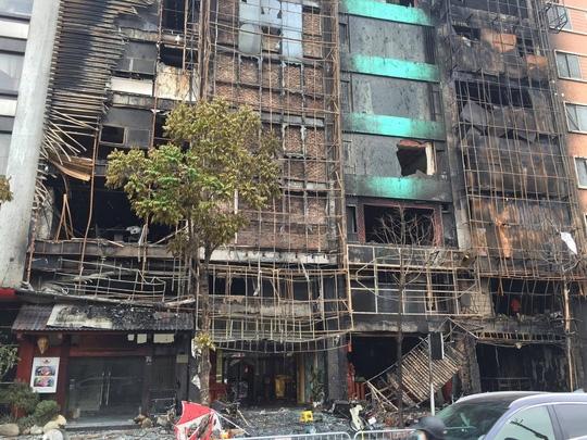 Kết luận điều tra vụ cháy quán karaoke làm 13 người chết - Ảnh 1.