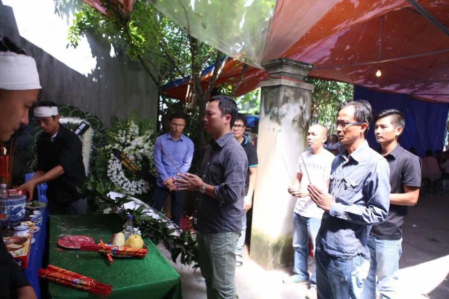 Nghẹn ngào nước mắt trước hoàn cảnh của gia đình Đinh Hữu Dư - phóng viên tử nạn khi tác nghiệp trong trận lũ quét - Ảnh 5.