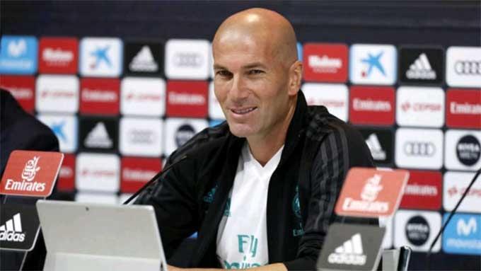 Zidane yêu Real, không bao giờ dẫn dắt Barca
