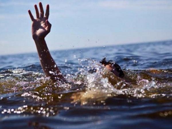 Rủ nhau đi câu cá ở sông Cà Lồ, 5 em học sinh Tiểu học và THCS đuối nước thương tâm