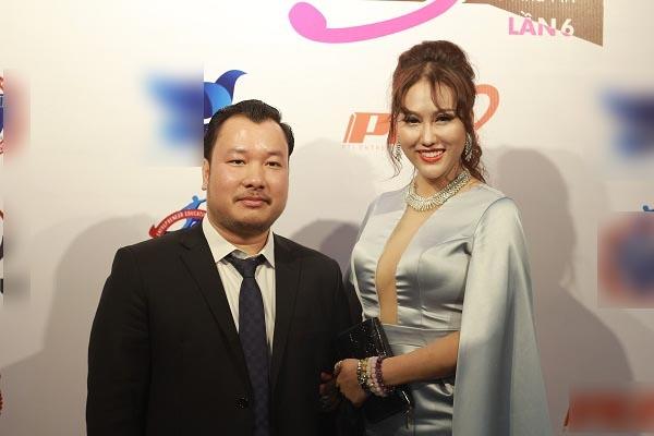 Bạn trai doanh nhân của Phi Thanh Vân bị bóc phốt đại gia ảo, nợ tiền không trả?-1
