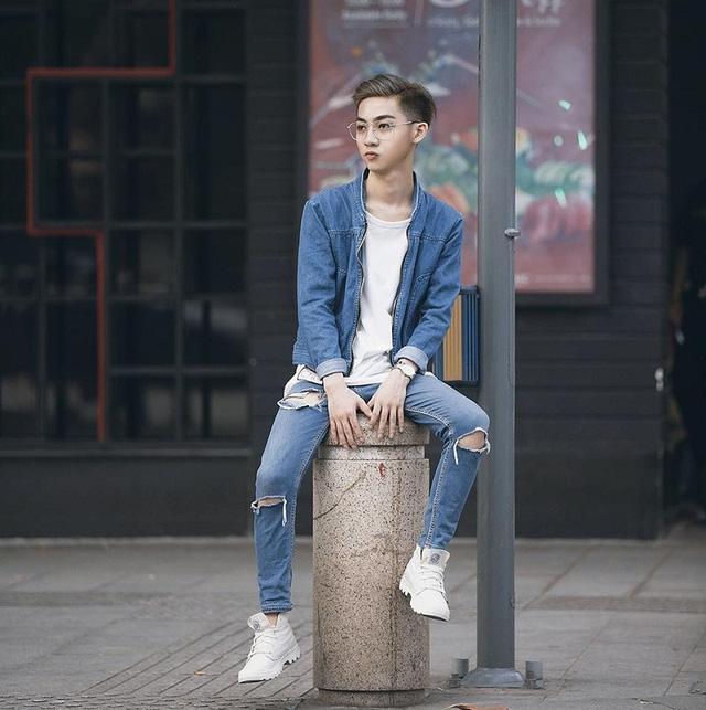 """Nguyễn Trần Minh Tân (sinh năm 1997, TP. HCM) là cái tên khá nổi tiếng trong giới trẻ Sài Gòn. Tân được mọi người biết đến với những màn giả gái giống tới 99%, 9x từng """"gây bão"""" khi tham gia chương trình """"Giọng ải giọng ai""""."""