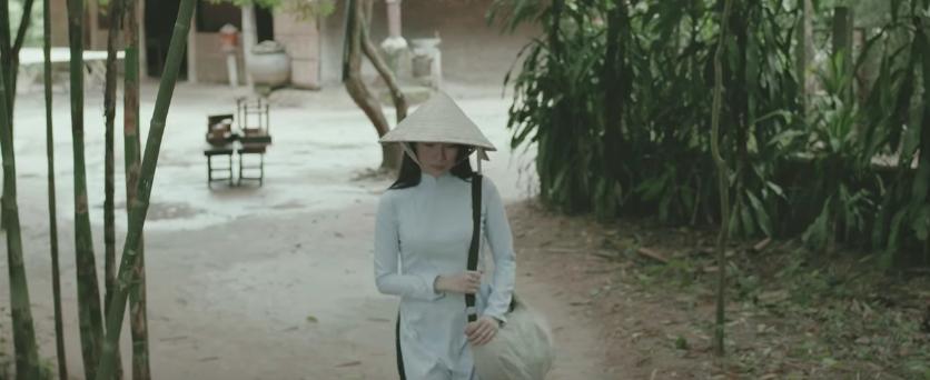 HOT: Mỹ Tâm trở thành cô giáo thời chiến, vướng vào chuyện tình đầy nước mắt với thầy giáo mưa Mai Tài Phến - Ảnh 7.