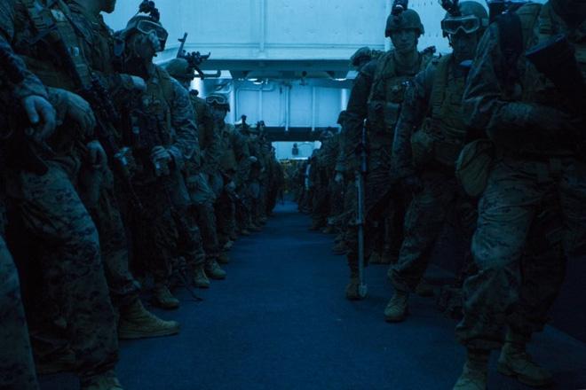 Ảnh: Thủy quân Lục chiến Mỹ huấn luyện khắc nghiệt trên khắp thế giới - Ảnh 3.