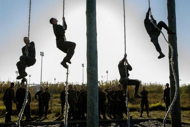 Ảnh: Thủy quân Lục chiến Mỹ huấn luyện khắc nghiệt trên khắp thế giới - Ảnh 8.
