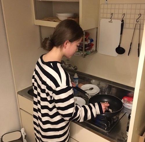 Cô gái Sài Gòn nêu loạt lý do không thích nấu ăn: Lấy chồng mà chẳng được thành nữ hoàng thì thà làm công chúa của bố mẹ còn hơn! - Ảnh 2.