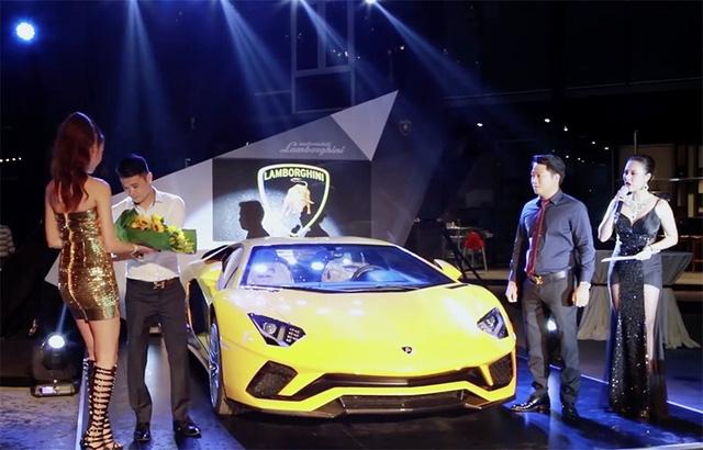 Lamborghini Aventador S hiện có giá tính phí trước bạ lên tới 40 tỉ đồng.