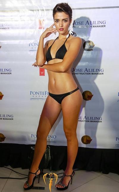 ha-thu-do-dang-bikini-voi-cac-hoa-hau-quoc-te-2
