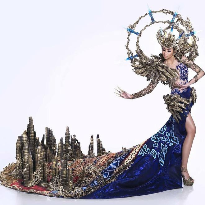 Sự cố hi hữu tại Miss Grand International 2017: BTC công bố nhầm vị trí Top 1 của Huyền My - Ảnh 3.
