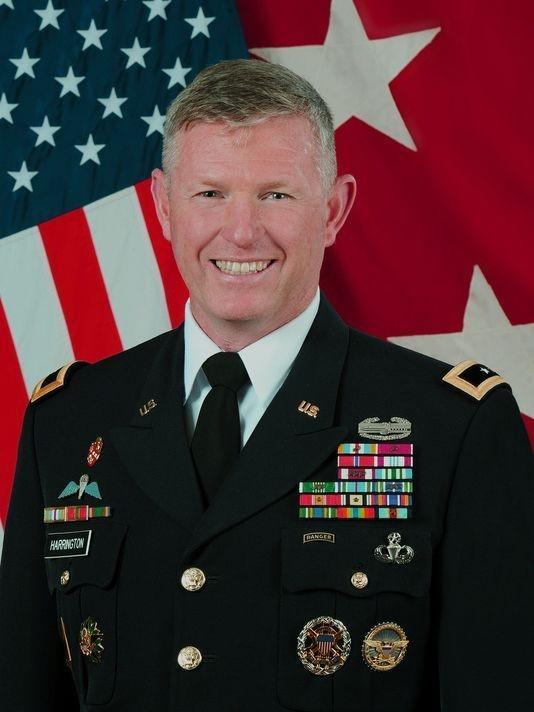 Thiếu tướng Joseph Harrington /// US Army