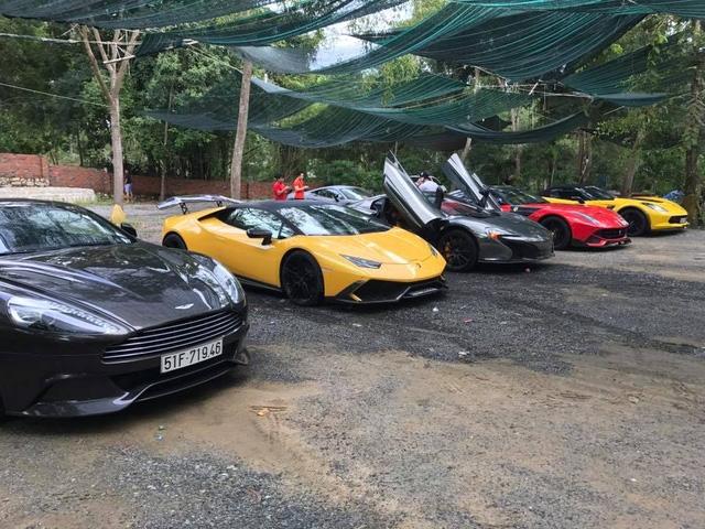 Xem hàng chục siêu xe của các đại gia Sài thành tụ tập trên phố vào cuối tuần - Ảnh 5.