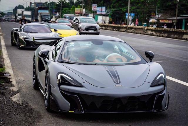 Xem hàng chục siêu xe của các đại gia Sài thành tụ tập trên phố vào cuối tuần - Ảnh 10.