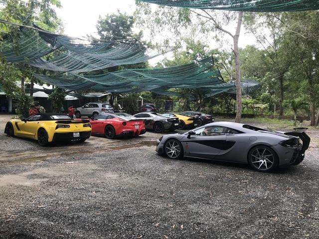 Xem hàng chục siêu xe của các đại gia Sài thành tụ tập trên phố vào cuối tuần - Ảnh 12.