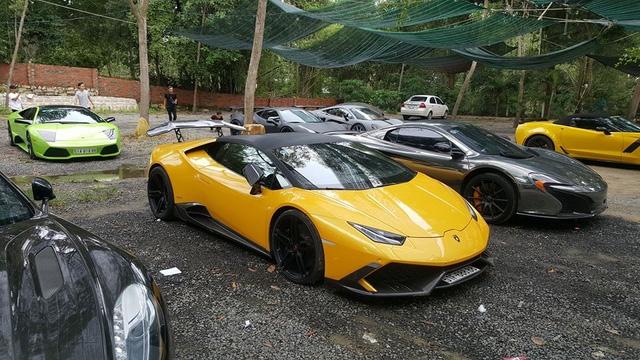 Xem hàng chục siêu xe của các đại gia Sài thành tụ tập trên phố vào cuối tuần - Ảnh 13.