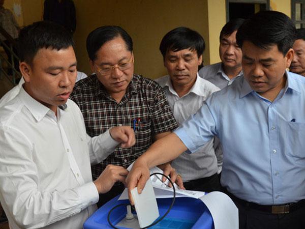 Chủ tịch Hà Nội: Cần cấp nước, chất đốt cho 8 thôn đang cô lập sau lũ