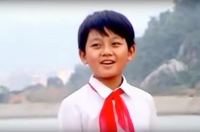 Chân dung 9x điển trai được giới trẻ yêu thích trên sóng truyền hình Quảng Ninh - Ảnh 2.