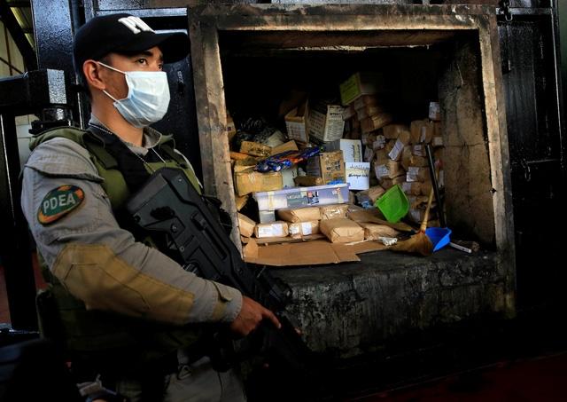 Cuộc chiến chống ma tuy do Tổng thống Philippines Rodrigo Duterte phát động vẫn nhận được sự ủng hộ của người dân. (Ảnh minh họa: Reuters)