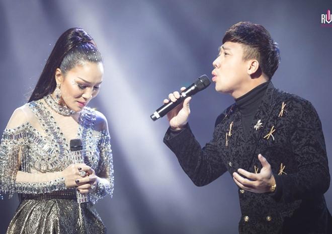 Hon 4.000 khan gia xem live show cua Hong Ngoc o My hinh anh 3