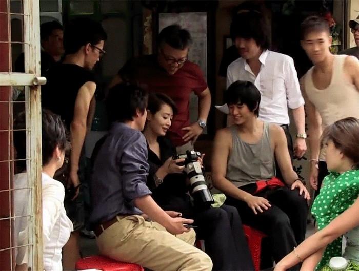 Quyền lực chị đại Kim Hye Soo ở làng phim Hàn: Bạn diễn nam toát mồ hôi hột, cả phim trường nín thinh! - Ảnh 11.