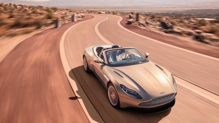 Xe sang Aston Martin DB11 mui tran chinh thuc mo ban hinh anh 3