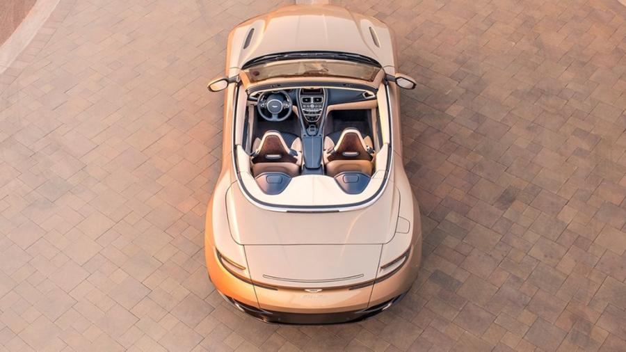 Xe sang Aston Martin DB11 mui tran chinh thuc mo ban hinh anh 8