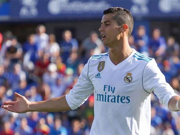 Ronaldo từ chối trả thêm thuế, Marcelo bị tố ra tòa