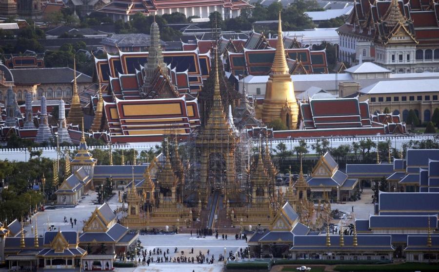 Có gì trong lễ tang 30 triệu USD của cố vương Thái Lan Bhumibol Adulyadej? - Ảnh 3.