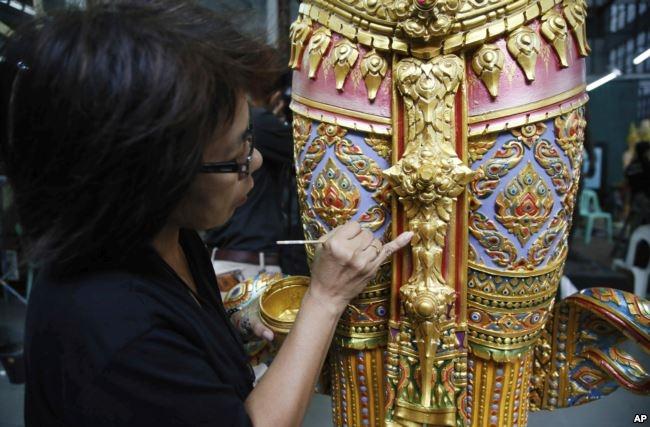 Có gì trong lễ tang 30 triệu USD của cố vương Thái Lan Bhumibol Adulyadej? - Ảnh 4.