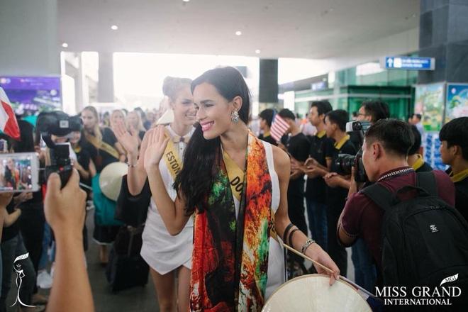 Nhan sắc gây sốc của nhiều thí sinh dự thi Hoa hậu Hoà Bình Quốc tế tại VN - Ảnh 6.