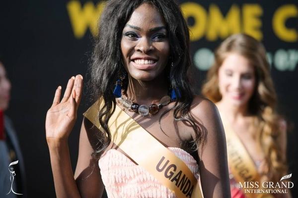 Nhan sắc gây sốc của nhiều thí sinh dự thi Hoa hậu Hoà Bình Quốc tế tại VN - Ảnh 9.