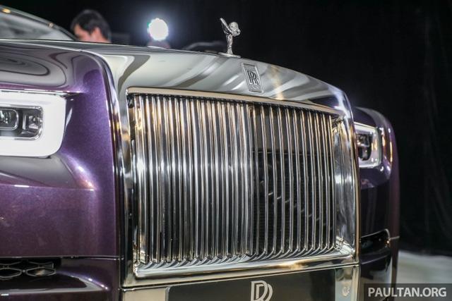 Xe siêu sang Rolls-Royce Phantom 2018 ra mắt Đông Nam Á với giá chưa thuế từ 11,8 tỷ Đồng - Ảnh 4.