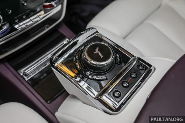 Xe siêu sang Rolls-Royce Phantom 2018 ra mắt Đông Nam Á với giá chưa thuế từ 11,8 tỷ Đồng - Ảnh 18.