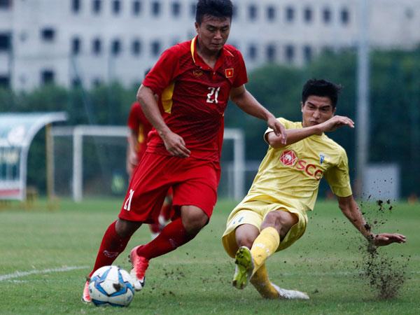 U19 Việt Nam thua trắng 5 bàn trước đội trẻ Hà Nội