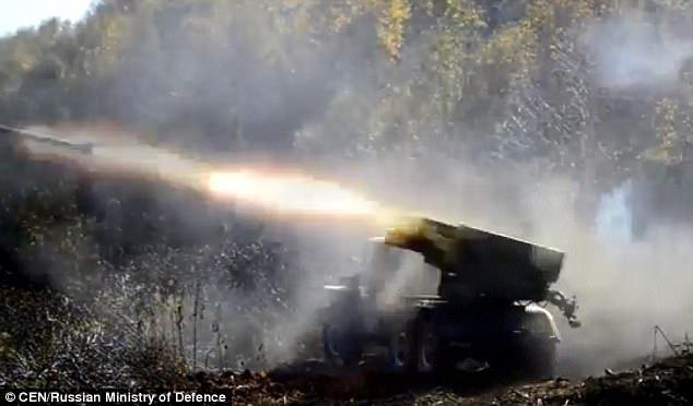 Vũ khí Nga phô diễn sức mạnh trong cuộc tập trận ở Kamchatka (Ảnh: CEN)