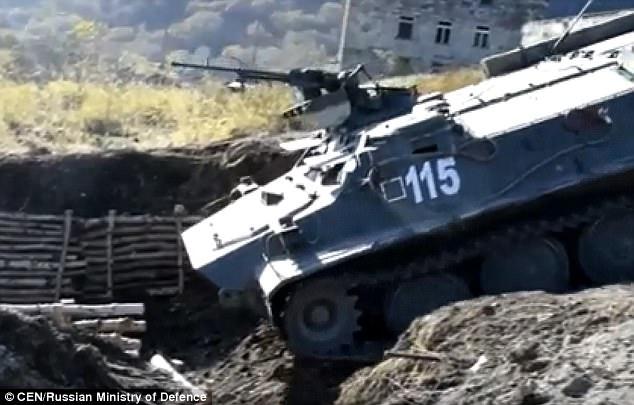 Xe tăng tham gia tập trận quy mô lớn của quân đội Nga (Ảnh: CEN)