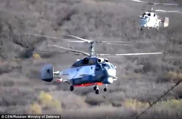 Các trực thăng Nga tham gia tập trận (Ảnh: CEN)