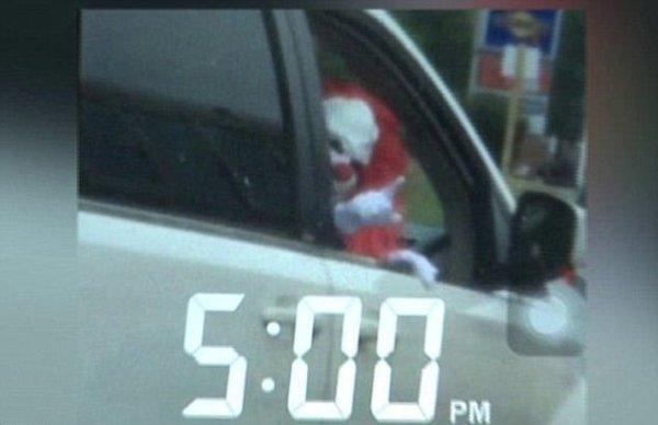 Cảnh sát Mỹ ra khuyến cáo đặc biệt về chú hề ma quái trong dịp Halloween - Ảnh 3.
