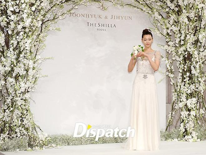 Đám cưới Song Joong Ki và Song Hye Kyo được tổ chức ở lễ đường hoành tráng bậc nhất Hàn Quốc, xem ai mà không choáng! - Ảnh 19.