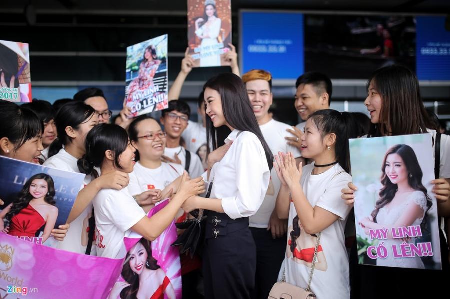 Hoa hậu Mỹ Linh tươi tắn trước giờ sang Trung Quốc thi Miss World 2017