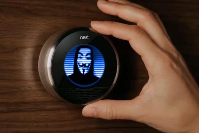 Tấn công, kiểm soát thiết bị IoT, hacker có thể huy động các thiết bị này trở thành botnet trong các cuộc tấn công từ chối dịch vụ DDoS.