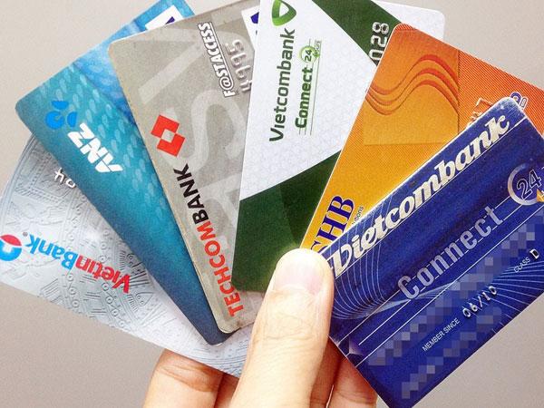 Quá lãng phí khi thẻ ATM chỉ dùng để... rút tiền!
