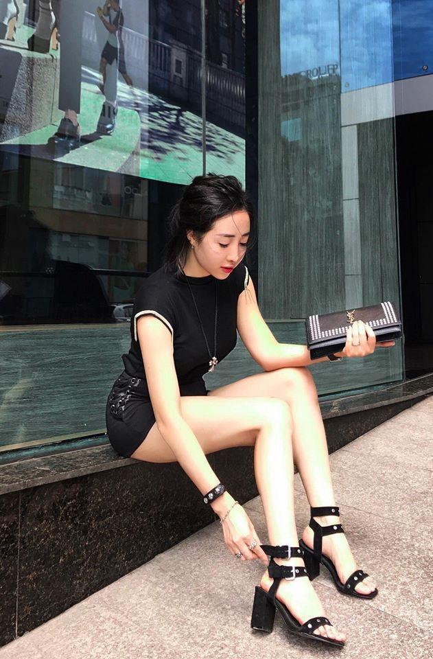 Hot mom xinh đẹp gây bão like với bài viết về nỗi khổ đàn ông Việt vào ngày 20/10 - Ảnh 1.