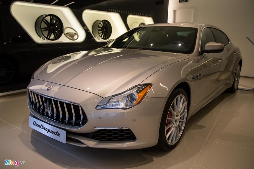 Maserati Quattroporte GranLusso gia hon 8 ty tai Viet Nam hinh anh 1