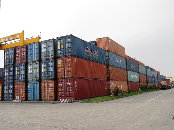 Hàng hóa của Lào bị tạm giữ tại cảng (ảnh minh hoạ).