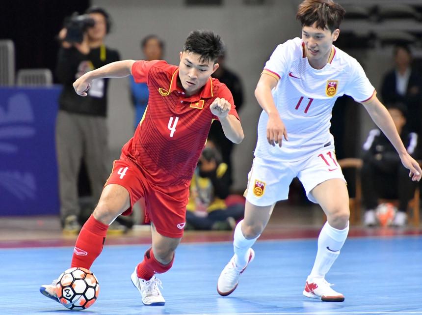 Futsal Viet Nam thang chu nha Trung Quoc 4-3 o cup tu hung hinh anh 2