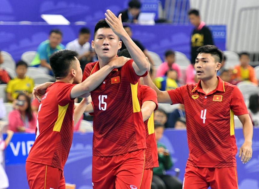 Futsal Viet Nam thang chu nha Trung Quoc 4-3 o cup tu hung hinh anh 4