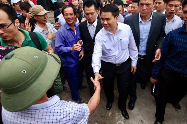 Khai trừ Đảng bí thư, kỷ luật 4 lãnh đạo xã Đồng Tâm - Ảnh 2.