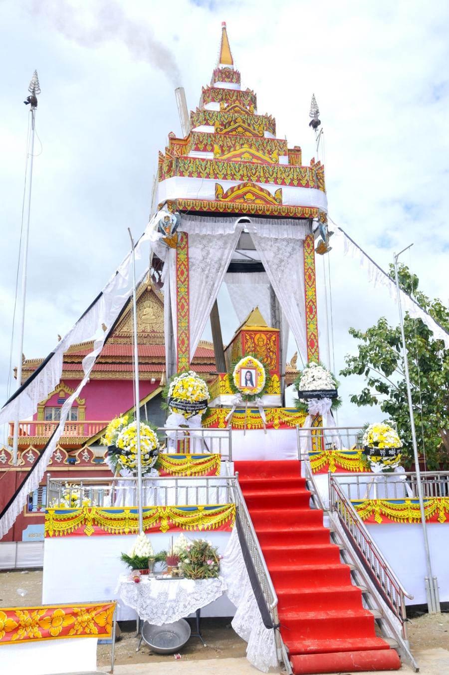 Le tang sao nu Campuchia bi chong ban chet: Nguoi tinh den vieng hinh anh 3