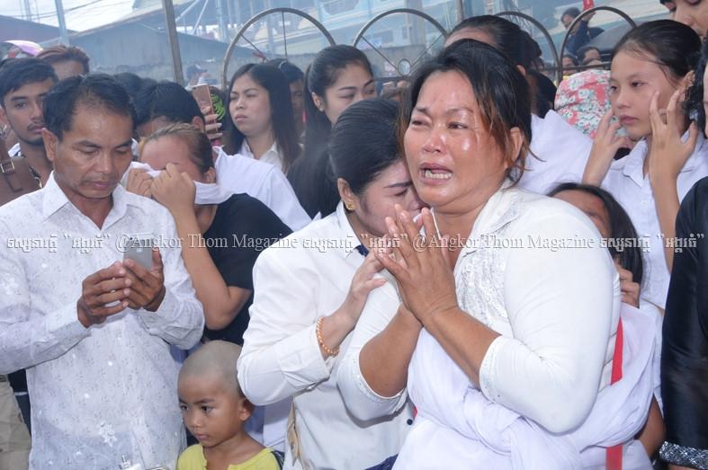 Le tang sao nu Campuchia bi chong ban chet: Nguoi tinh den vieng hinh anh 9