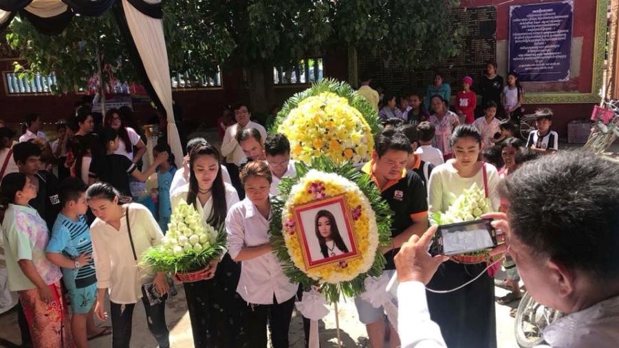 Le tang sao nu Campuchia bi chong ban chet: Nguoi tinh den vieng hinh anh 11